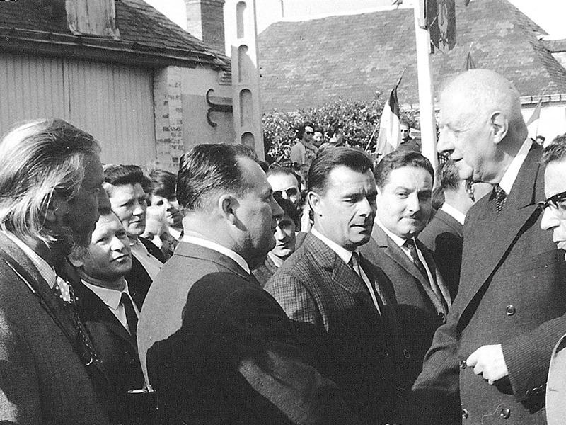 Le Général de Gaulle et Maurice Prunier